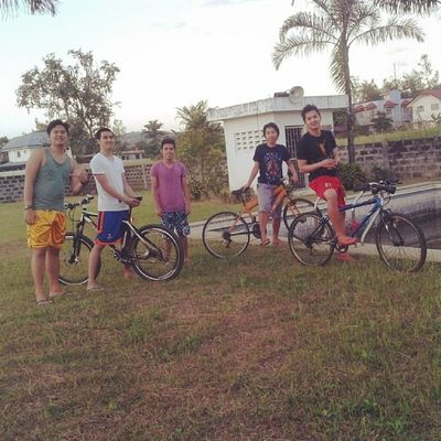 Just Got Home!! Fun Ride A While Ago With This Guys. \m/