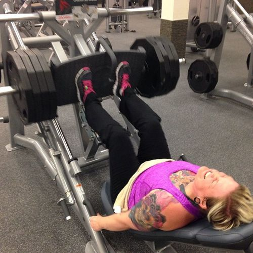 Busted out five Lookatthatface Nopainnogain Girlswholift Strongerthanyesterday justkeepgoing
