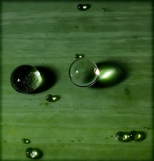 Eric Imbs Light And Shadow Ericimbs Water Waterdrops Water Droplets Highspeed Highspeed Photography Frozen In Time Abstract
