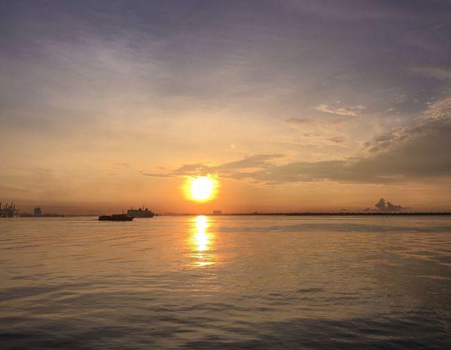 Sunset Water Sky Scenics - Nature Sea Beauty In Nature Tranquil Scene Sun Sunlight Reflection Nature Horizon Cloud - Sky