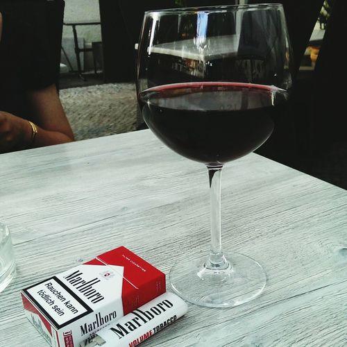 Redwine Enjoying Life Malboro Smoke