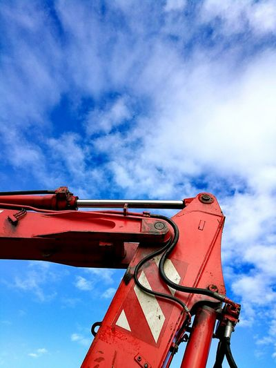 Red and sky Red And Sky Sky And Clouds Skyporn Sky_collection Skylovers Blue Blue Sky Machinery Machine Machine Part Machines Outdoors Cloud - Sky 3XSPUnity Arm HuaweiP9Photography HuaweiP9 Minimalism Minimalist Diggers Abstract Diggers! Cloudy
