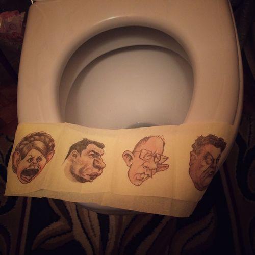 героямслава кличко тимошенко яценюк порошенко туалетныйлук туалетнаябумага 🎈👻 🚽💩😂🇺🇦