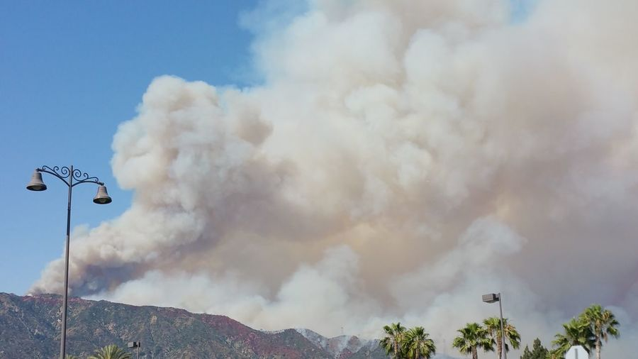 Wildfires And Smoke Happening Now Not Far From My Home Huge Smoke Clouds Worst Fire In Santa Barbara Scary Temps In Triple Digets And Wind Check This Out The Purist (no Edit, No Filter) Planes Dropping Red Active Fire Forest Fire Adapted To The City
