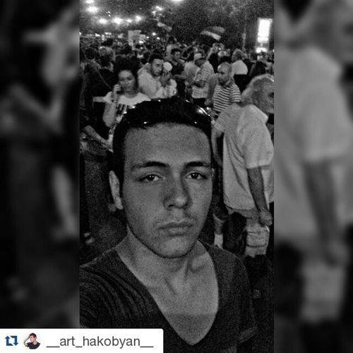 Repost @__art_hakobyan__ ・・・ Night in Baghramyan Electricyerevan ոչթալանին