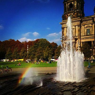 Rainbow Berlin Dom Fountain Sunny Bluesky Germany Ig_deutschland Ig_germany Ig_europe Insta_international Insta_europe Warm Summer Europe Europe_gallery