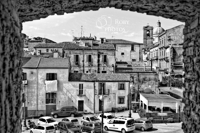 ortona Bnw_collection Landscape Street Bnw Bnw_captures Bnwphotography Bnw_life Architecture Building Exterior Sky Built Structure Historic Old Ruin Ruined Archaeology