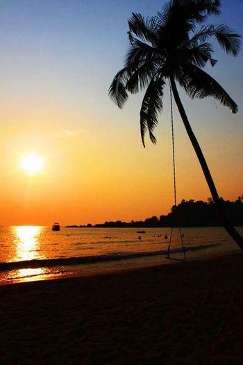 ไม่รู้จะอธิบายยังไง Koh Chang Ko Chang Thailand Paradise Sea Trat Sunset Life Is A Beach