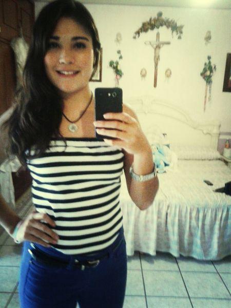 guapa viernes let's go(: Smile