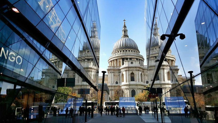 Urbanphotography Cathedral LONDON❤ Mirror Reflection Graphic Lines Eyemphotography Eyembestshots