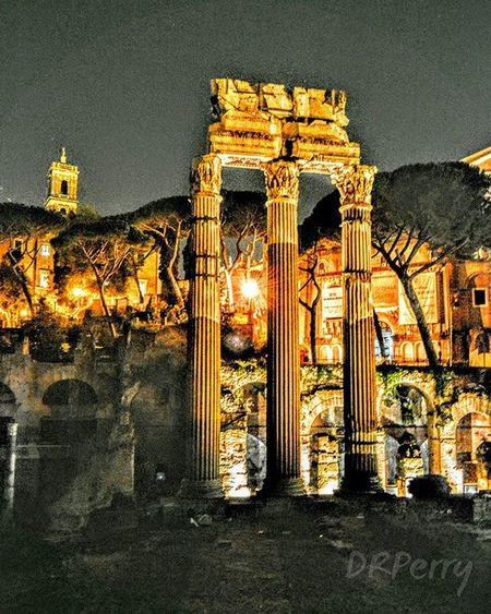 """Forum De Cesar"" Fb WP Italia Italy Rome Roma Repostromanticitaly Repost Noidiroma Architecture Romanhistory Forumdecesar Lazio Photobydperry Amazing Instagood History Historic Bellavista"