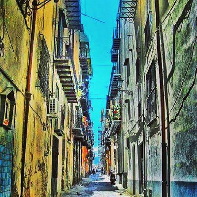 Sicilya Sicily Scilia Italya italy palermo street streetlife life igers igbox latergram instago instamag instacool instagood instafollow instadaily follower followme follow4follow ig_mood webstagram tweegram igworldclup igersworldwide ig_bestever tweegram