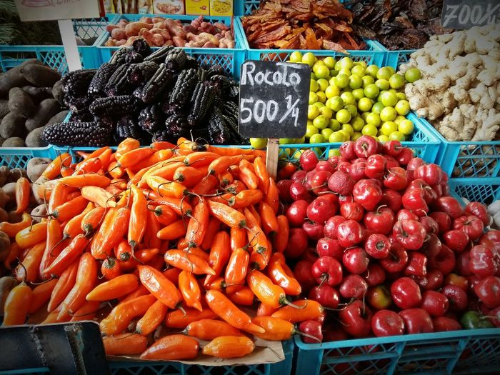 Live Love Shop Shop Shopping ♡ Market Vegetal Vegetables Vegetable Popular Market Street Market Colors Food Life Lifestyles Check This Out Enjoying Life Colour Of Life