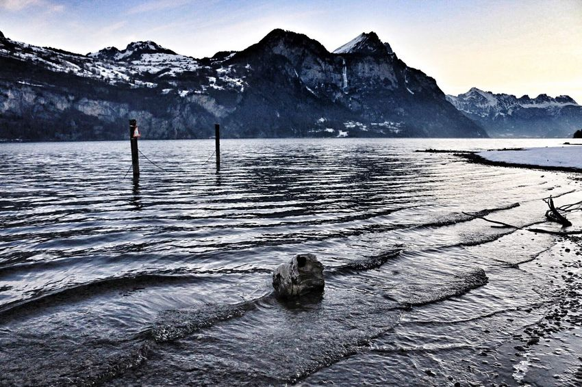 Mountain Water Nature Snow Beauty In Nature Winter Scenics Cold Temperature Lake Day Outdoors Non-urban Scene Tranquil Scene Mountain Range Tranquility Sky No People Iceberg
