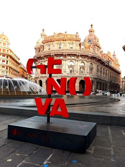 Genova City Red