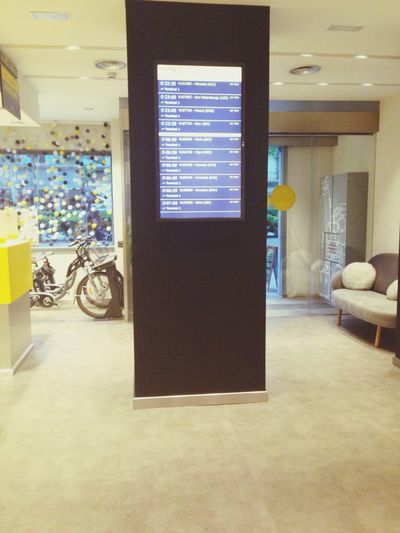 Check if your flight is on time... BcnbyVueling
