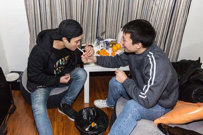 饭后(2018-12-08) Sitting Food And Drink Men Togetherness Food Young Men Casual Clothing