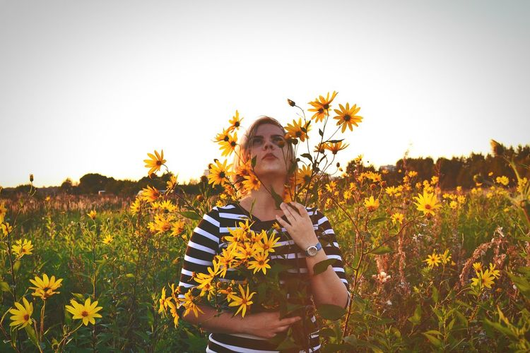 Flower Yellow Field Clear Sky Young Adult Nature Sunflower Blooming Person Tranquility Outdoors Hello From Russia Young Women Colors Vibrant Color Summertimesadness Bunch Of Flowers Sunset Sunflower Casual Clothing Plant Vacations Beauty In Nature People And Places