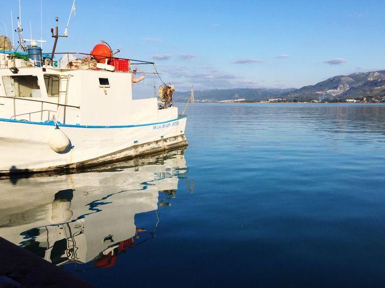 Riflesso Riflessi Sull'acqua Boat Reflections In The Water