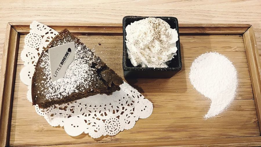 Hojicha Cake with Cream, to be continued? Elegant Leisure Activity Weekend Holiday Weekend Activities Cafe Indoors  Hojicha Cake Dessert Comma To Be Continued... Tea Time Cream Wood - Material Indoors  Heart Shape Table Food And Drink No People Freshness Food Close-up Day Food Stories