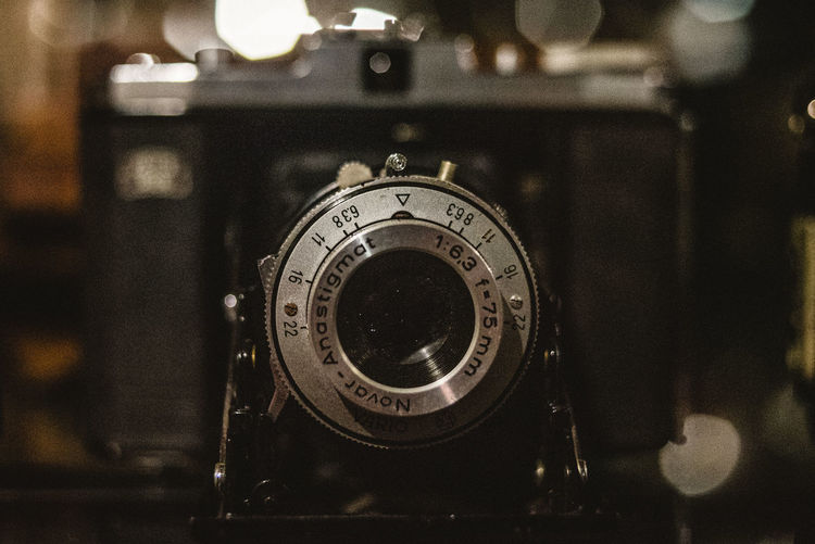 Technology Number Close-up Focus On Foreground Retro Styled No People Photography Themes Indoors  Camera - Photographic Equipment Still Life Antique Lens - Optical Instrument Photographic Equipment Analog Selective Focus Text Old Equipment Communication Digital Camera EyeEm Best Shots EyeEmNewHere Photography