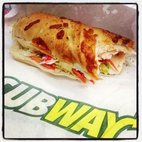 2: lunchtime #fmsphotoaday #photoadayoct #subway Subway Fmsphotoaday Photoadayoct