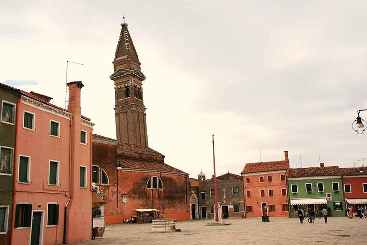 plaza in Burano -Italy Architectureporn Check This Out Taking Photos Italia