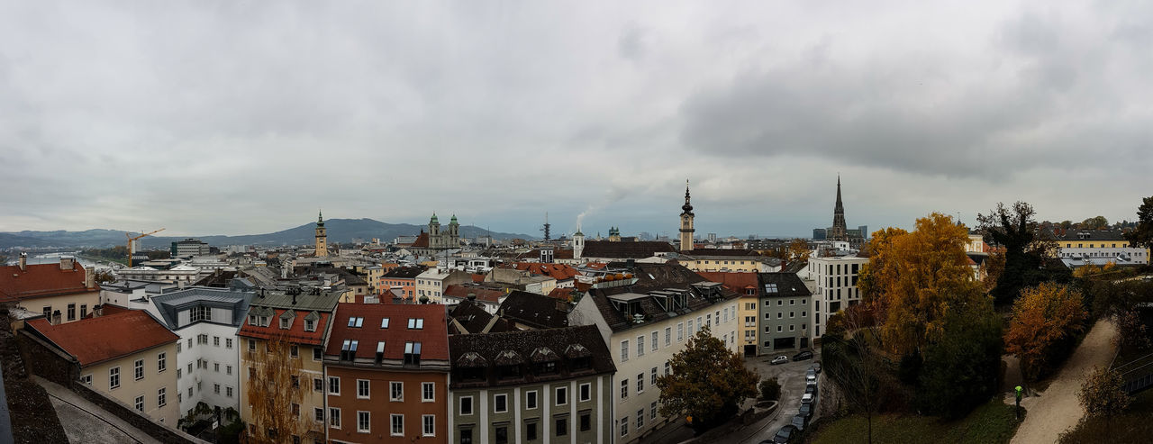 Linz Panorama Linz Linz/Austria Panorama Linz Panorama City Landscape Old Town Altstadt City Sky Cloud - Sky TOWNSCAPE Rooftop Town Bell Tower