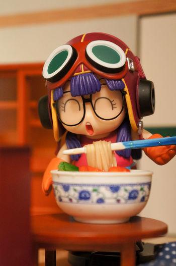 Arale Child Dr. SLUMP Eating Indoors  Manga Ramen Robot Toy Toyphotography