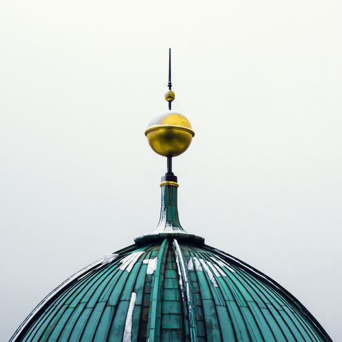Berliner Dom. FILIPPI GIULIA PHOTOGRAPHY. Antenna Antenna - Aerial Architecture Ball Berlin Building Exterior Canon Cathedral Church Colors Day Dome Fog Germany High No People Outdoors Overhead View Peak Photographer Photography Shade Sky Tower Vintage