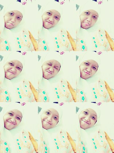 Tetep ya selfie😁 Check This Out