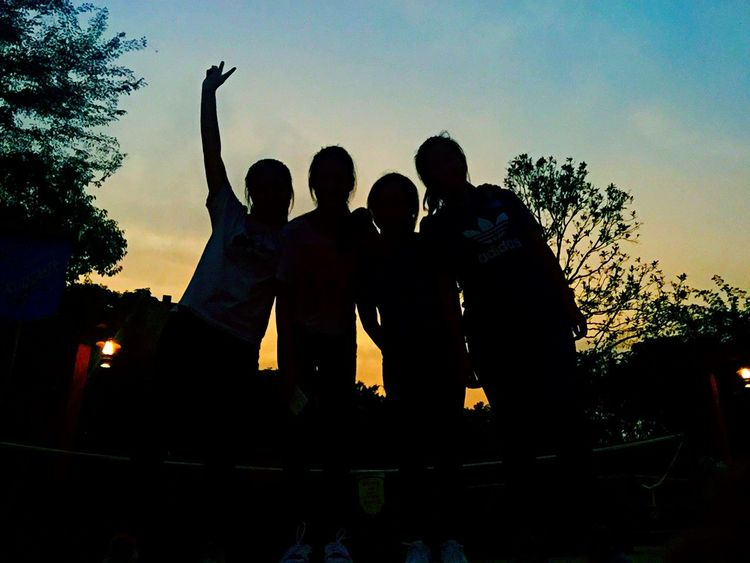 Really love this amazing photo😍💓☺️ Disney Friends Love Classmates Schoolpicnic Photooftheday Throwback Favourite Incredible Wehee