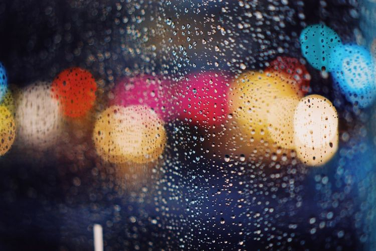 Rain day City Lights Tokyo Street Photography Rainy Night City Lights Tokyo Night Bokeh Lights Copy Space Wet Glass - Material Rain Water Drop Window Full Frame Backgrounds No People Transparent Close-up Indoors  Multi Colored RainDrop Selective Focus Rainy Season Illuminated Nature Glass