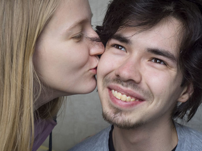 Portrait Headshot Two People Togetherness Young Adult Close-up Bonding Emotion Young Women Women Lifestyles Real People People Adult Looking At Camera Females Front View Positive Emotion Men Hair Couple - Relationship Hairstyle Human Face
