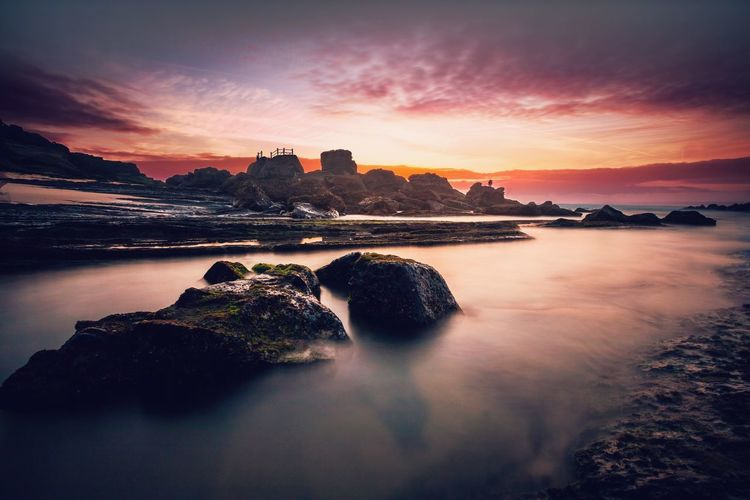 Portugal TorresVedras Praia Beach Sunset Long Exposure Rocks Water Canon Wideangle