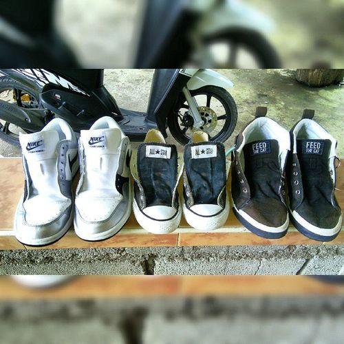 Tapos na mglinis ng sapatos :3 Nike White CourtForce Converse black Sneakers Pony Feedthecat