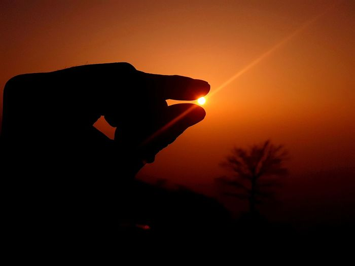 Capture The Small Moments In Life And Cultivate Your Inner Peace! Inner Peace Sunrise Colours Of Nature Simple Things In Life Happy Peace Capture The Moment Capturinglife Inner Power Silhouette Sun Close-up Sky Illusion EyeEmNewHere