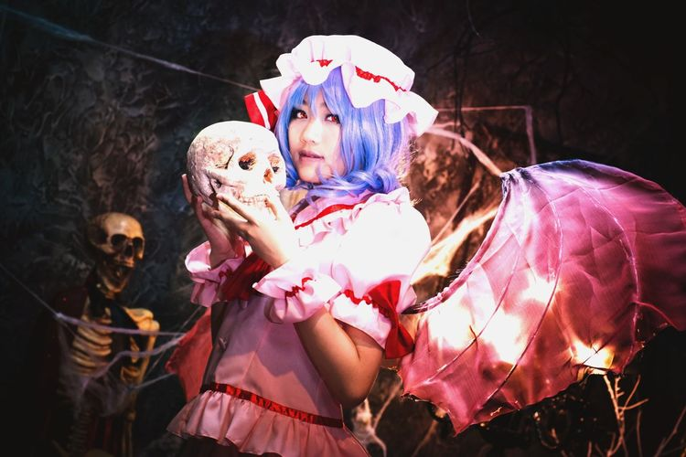 Remilia Scarlet / Touhou Project Remilia Scarlet Touhou Cosplay Portrait Girl Vampire Skull Halloween Asdgraphy