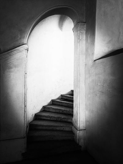Architecture Indoors  Built Structure Arch Staircase History Steps Steps And Staircases Ancient Castle Ancient Civilization Eyemphotography Black&white The Week On EyeEm Something Different EyeEm Best Edits Blackandwhite Photography EyeEm Gallery Pathway To Heaven Black & White EyEmNewHere EyeEm Selects See What I See EyeEmbestshots EyeEmBestPics