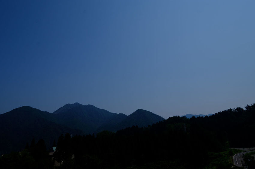 Echigo Yuzawa FUJIFILM X-T2 Japan Japan Photography Beauty In Nature Blue Clear Sky Forest Fujifilm Fujifilm_xseries Mountain Mountain Range Nature No People Scenics Silhouette Sky X-t2 にいがた 新潟 新潟県 越後湯沢
