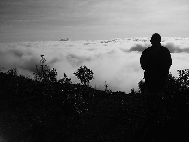 mas alla de las nubes Cielo Y Nubes  ParaisosDeMiTierra Hermosa Vista Ecuadorianboy First Eyeem Photo Mardenubes Hermoso Atardecer
