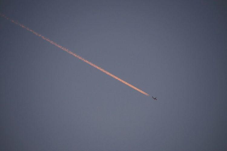 Sky Airplane Taking Photos Sony Alpha57