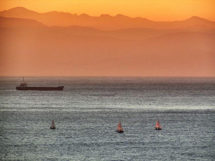 Sea Sunset Mountains Landscape Italy Boats Enjoying The Sunset Italia Tramonto Zoom Liguria