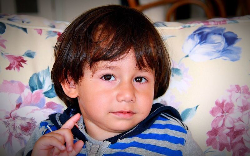 Bebeğim.. Child Portrait Childhood One Person Real People Indoors  Front View Headshot Bed Furniture Looking At Camera Home Interior Innocence Leisure Activity Body Part Cute Lifestyles Close-up Floral Pattern My Best Photo