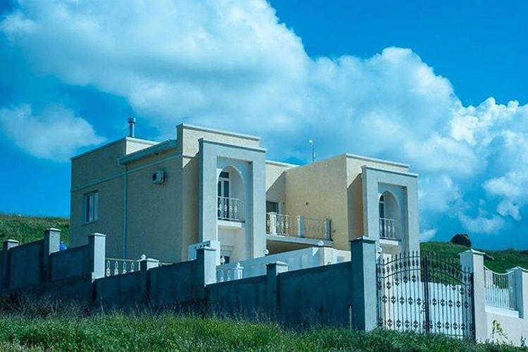 дом возлеморя семеновка