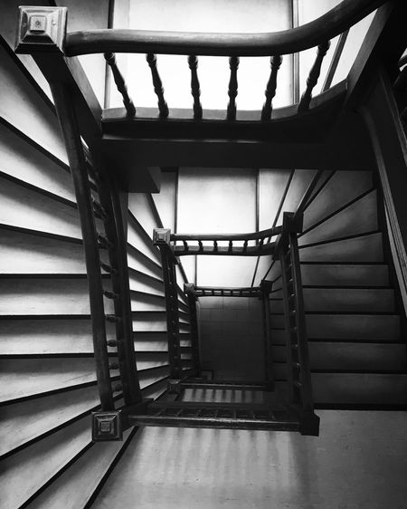Staircase Steps And Staircases Steps Railing Stairs Architecture Indoors  Spiral Built Structure Hand Rail No People Spiral Stairs Spiral Staircase Day Blackandwhite Historical Building Bnw Bnw_collection Fujifilm Photography Abstract Photography Home Old Buildings Old Oldstairs