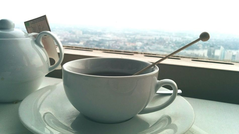 Nexus5 On A Plate Mugshot View Focus On Foreground Tea Time Diagonalshot Porcelain  Cuppatea Brunch Liquid Lunch Tea Softness Mug Teatime The Calmness Within Scenic View Scenic View In The Background Always Be Cozy Go Higher