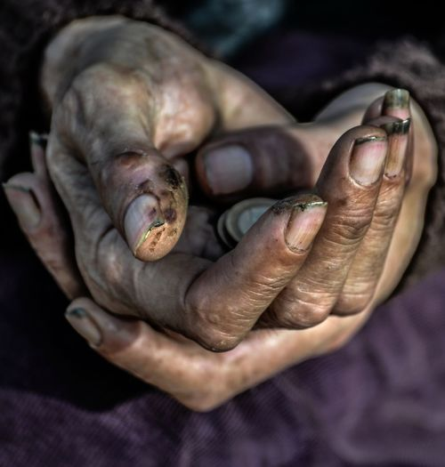 Hands in the shape of a heart... Photography People Portrait Streetphotography Street Photography Real People Touching Portrait Photography Arts Culture And Entertainment Art Exhibition Maribel Suarez Candid Photography
