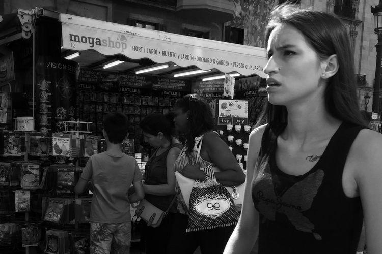 Streetphoto_bw Monochrome NEM Street NEM Black&white Street Life Blackandwhite Streetphotography IPhoneography Beauty Redefined Streetphotography_bw