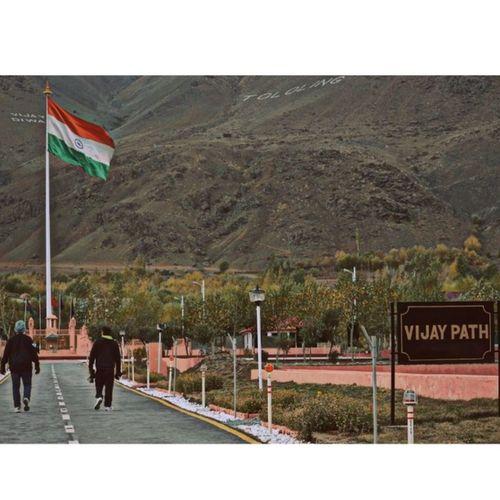Vijay Path. Tololing OperationVijay Kargil Drass Proud Indian Flag IndianArmy